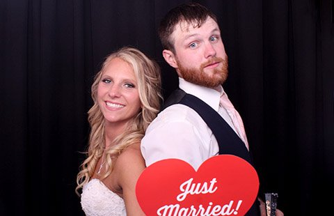 Ashley and Luke's wedding gallery cover image